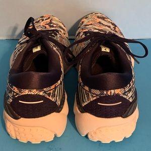 Brooks Shoes - NIB Brooks Adrenaline GTS 19 Navy Tennis Shoes 8 M